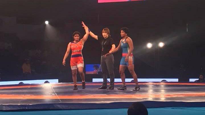 Haryana Hammers' Sarita beat Delhi Sultans' Monia in the 62 kg women's category