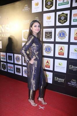 "Mumbai: Actress Parineeti Chopra at the ""24th SOL Lions Gold Awards 2017"" in Mumbai on Jan 24, 2018.(Photo: IANS)"