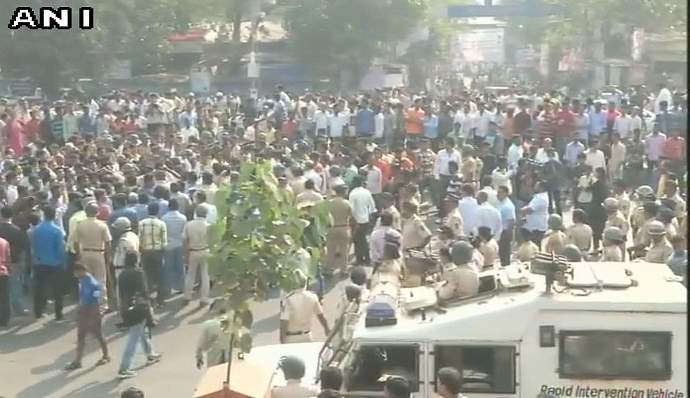 Protesters block Eastern Express Highway