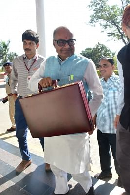 Bhopal: Madhya Pradesh Finance Minister Jayant Malaiya arrives to present the state Budget at the Assembly in Bhopal on Feb 28, 2018. (Photo: IANS)