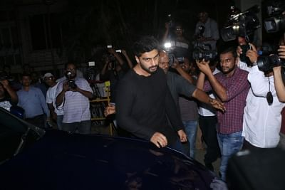Mumbai: Actor Arjun Kapoor arrives at the residence of his uncle and actor Anil Kapoor in Mumbai on Feb 26, 2018. (Photo: IANS)