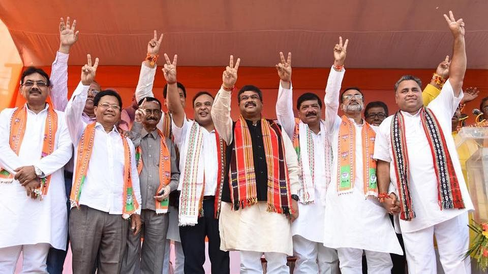 The 6 TMC MLAs after joining the BJP.