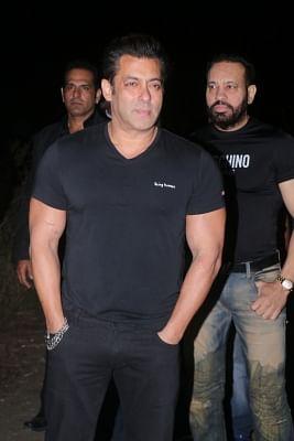 Mumbai: Actor Salman Khan celebrates his birhtday in Panvel, Mumbai on Dec 26, 2017. (Photo: IANS)