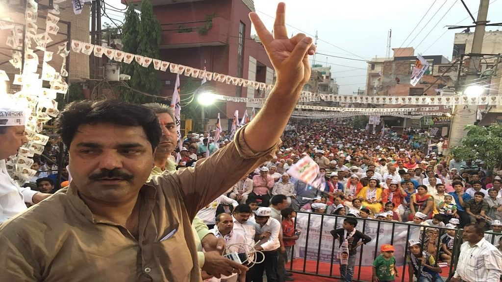 Beat Up Officers Who Delay Work Meant for Welfare: AAP MLA