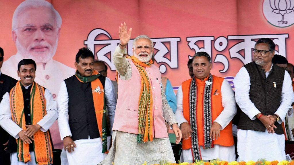 Wear a 'Hira,' Not a 'Manik': PM Modi Turns Astrologer in Tripura