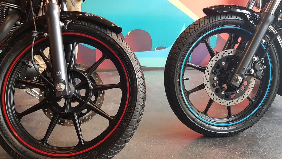 Tubeless tyres and disc brakes on both sides for the Thunderbird X.
