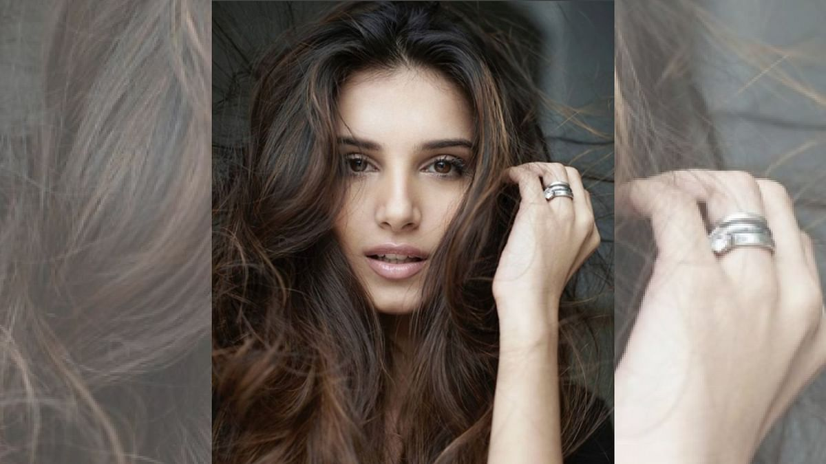 Tara Sutaria is ready to make her Bollywood debut with<i> Student of the Year 2</i>.