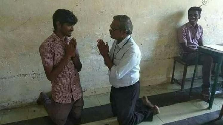 Viral Photo of TN Headmaster 'Begging' Student: What's The Story?