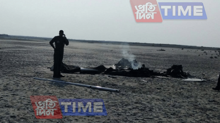 Local reports suggest IAF officials are at the crash site to assess the damage.