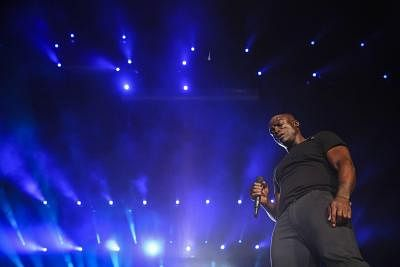 British singer Seal performs on concert at the Rock in Rio music festival in Rio de Janeiro (Brazil) on 20 September 2015. EFE/Antonio Lacerda/IANS