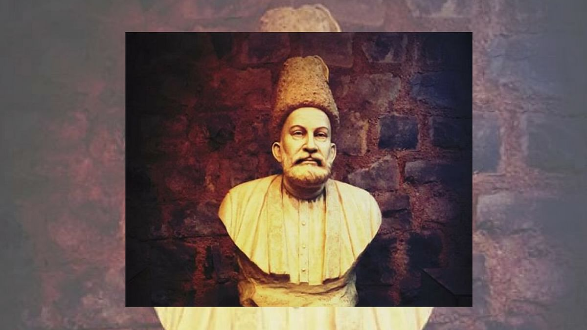 Mirza Ghalib's bust at his <i>haveli</i> in old Delhi.&nbsp;