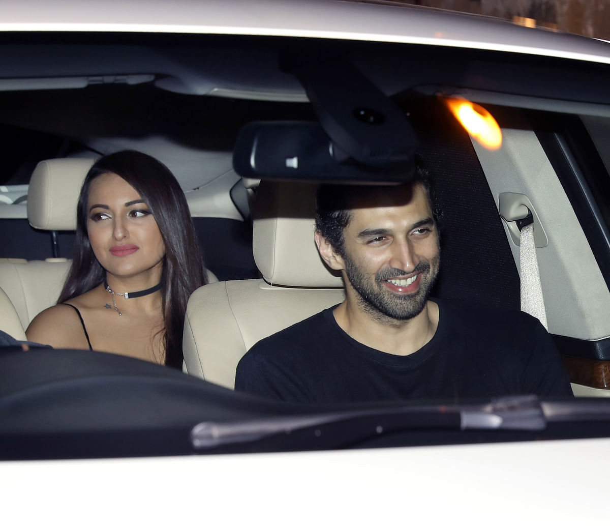 Aditya Roy Kapoor and Sonakshi Sinha came in together, but they're definitely not seeing each other.