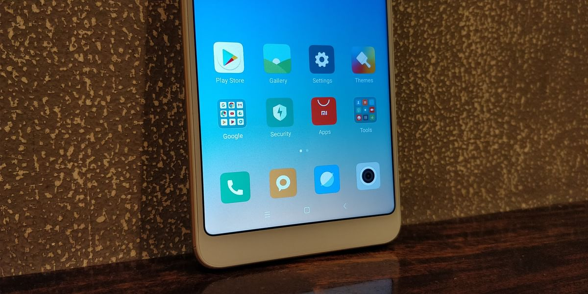 Both Redmi phones run on the latest MIUI 9