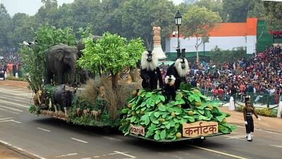 New Delhi: Tableau of Karnataka depicting the state's rich and diverse forest wealth and flora and fauna at Rajpath during the full dress rehearsal for the Republic Day Parade 2018, in New Delhi Jan 23, 2018. (Photo: IANS/DPRO)