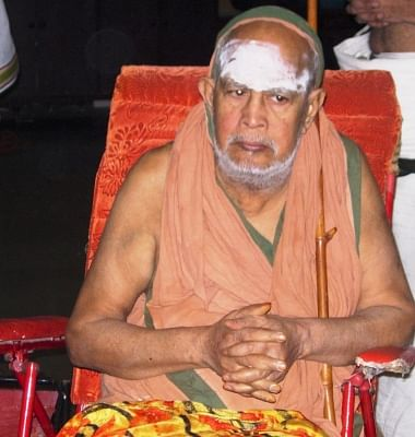 Jayendra Saraswathi, the 69th pontiff of the Sankara Mutt who passed away in Tamil Nadu