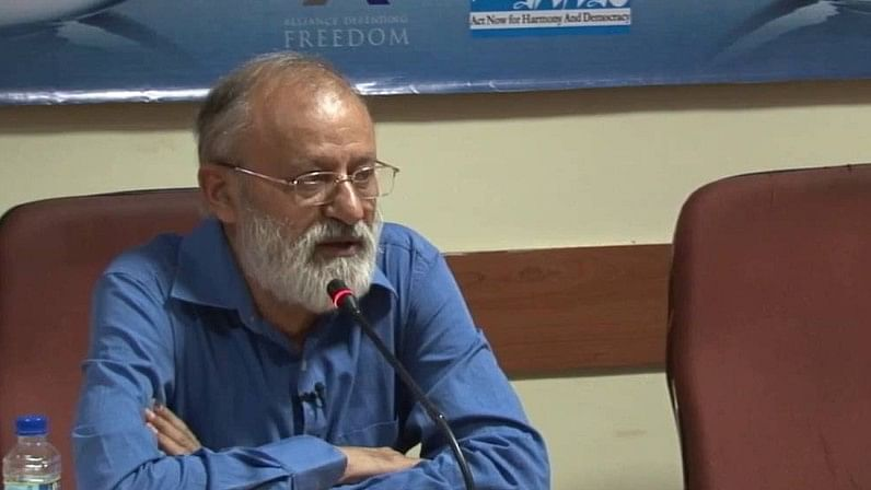 NBSA Rejects Zee's Appeal, Asks it to Apologise to Gauhar Raza