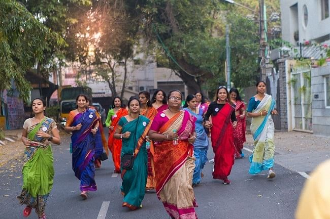 Here's Why Over a 100 Saree-Clad Women in Bengaluru Ran a Marathon
