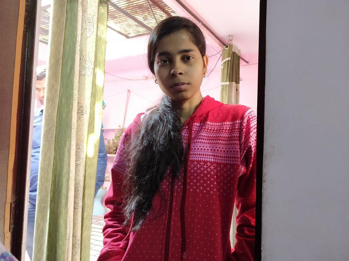 Kirti Gupta, the sister of Chandan Gupta.