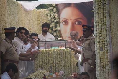 Mumbai: Producer Boney Kapoor and actors Anil Kapoor, Arjun Kapoor, Sanjay Kapoor and Mohit Marwah accompany the body of late actress Sridevi to the Vile Parle Seva Samaj Crematorium and Hindu Cemetery for cremation in Mumbai on Feb 28, 2018. (Photo: IANS)
