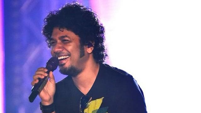 <i>Voice of India Kids 2018</i> contestants and their parents are asserting Papon's innocence.&nbsp;