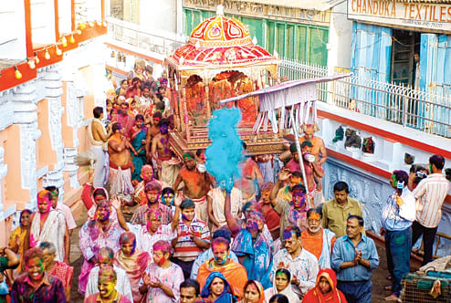 In many parts of Bengal devotees carry decorated palanquins with the idols of Krishna and Radha around town.