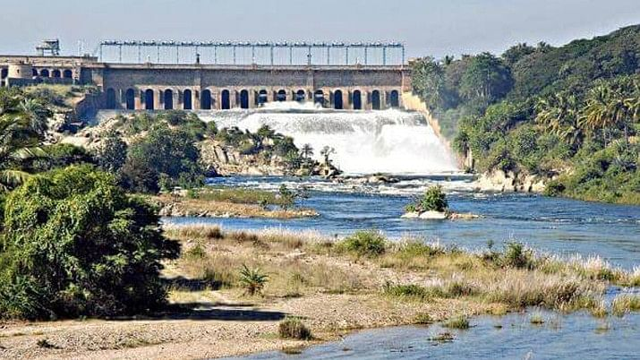 Cauvery river flowing through the two states of Tamil Nadu and Karnataka.