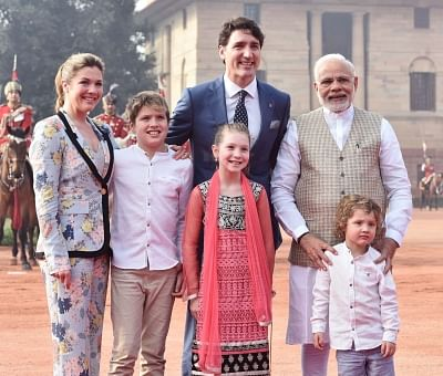New Delhi: Prime Minister Narendra Modi welcomes Canadian Prime Minister Justin Trudeau and his family for the ceremonial reception organised for him at Rashtrapati Bhavan in New Delhi, on Feb 23, 2018. (Photo: IANS/PIB)