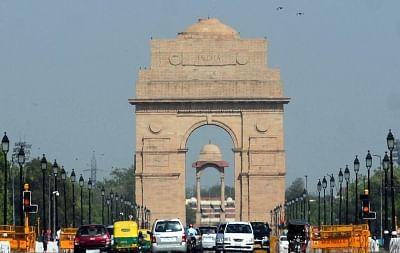 New Delhi: Clear day in Delhi. (File Photo: IANS)