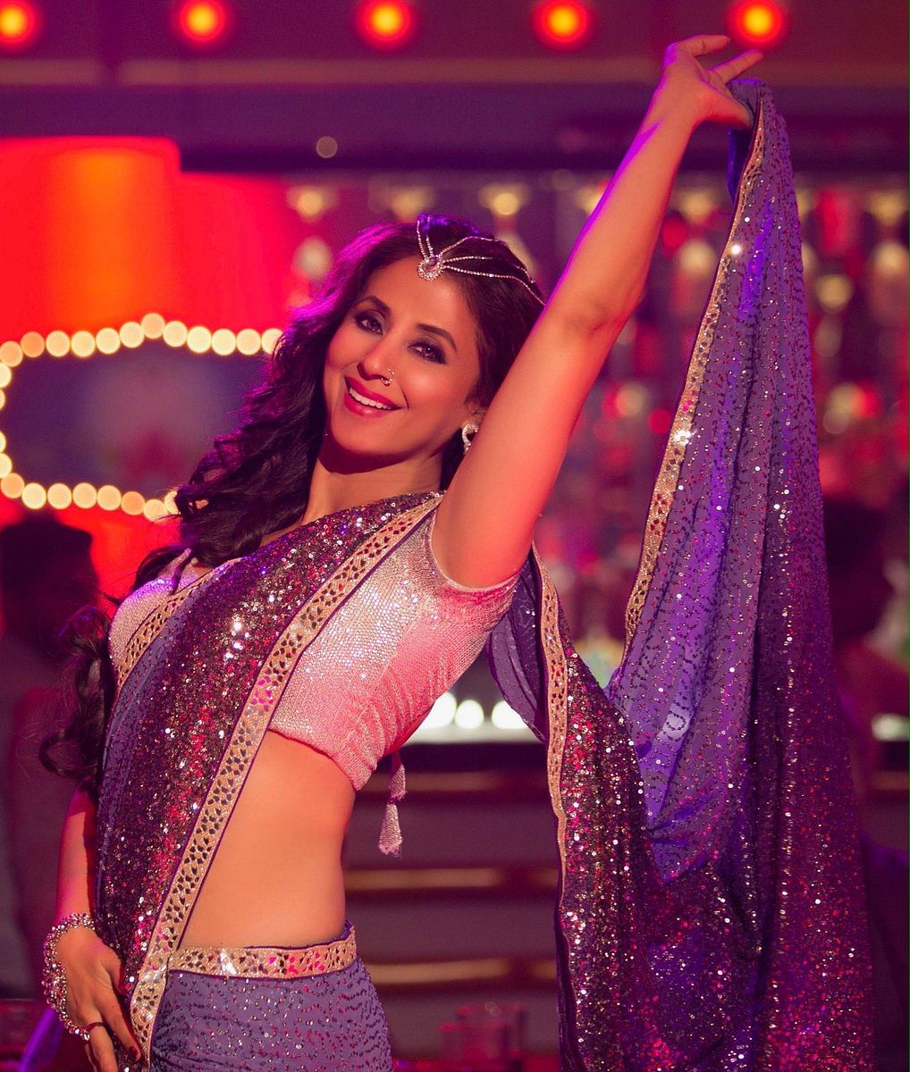 "Urmila  in a still from the song ""Bewafa Beauty"" from <i>Blackmail</i>.&nbsp;"