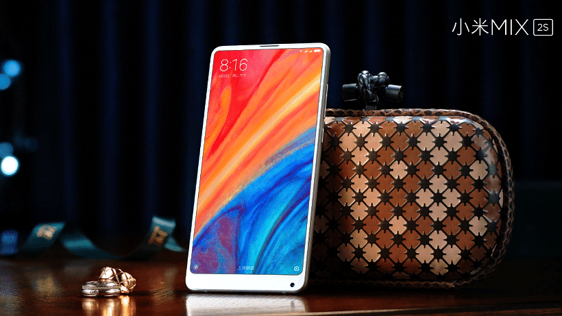 Mi Mix 2S announced and the notch has been skipped.