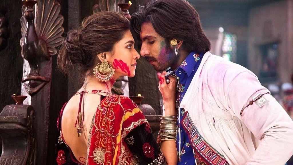 Deepika Padukone and Ranveer Singh in a still from <i>Goliyon Ki Raasleela Ram-Leela</i>.&nbsp;