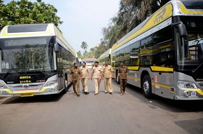 Mumbai: The hybrid electric AC buses flagged off by Maharashtra Chief Minister Devendra Fadnavis in Mumbai on March 16, 2018.  The buses will be operated by BEST.