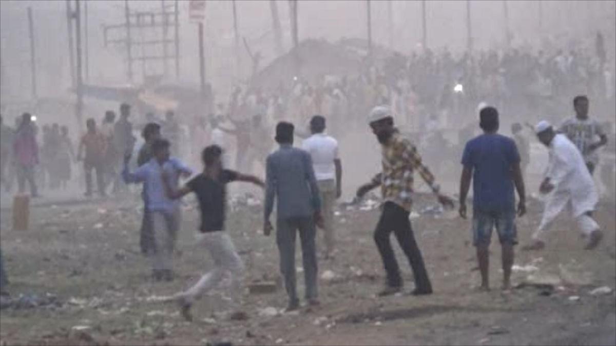 Hindus & Muslims Give Distinct Narratives of the Asansol Violence