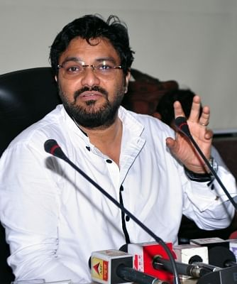 Phase I of Kolkata's East-West Metro to open in October: Babul