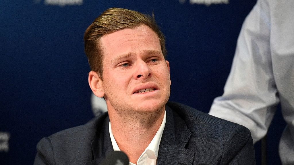Twitter Comes out in Support of a Tearful Steve Smith