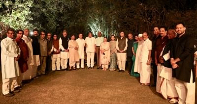 New Delhi: UPA Chairperson Sonia Gandhi, Congress President Rahul Gandhi with opposition leaders during a dinner hosted by Sonia at her residence in New Delhi on March 13, 2018. National Conference leader Omar Abdullah, Samajwadi Party