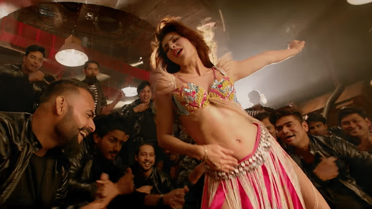 Jacqueline Fernandez performs as Mohini in the remake of <i>Ek Do Teen</i> from <i>Baaghi 2</i>.&nbsp;