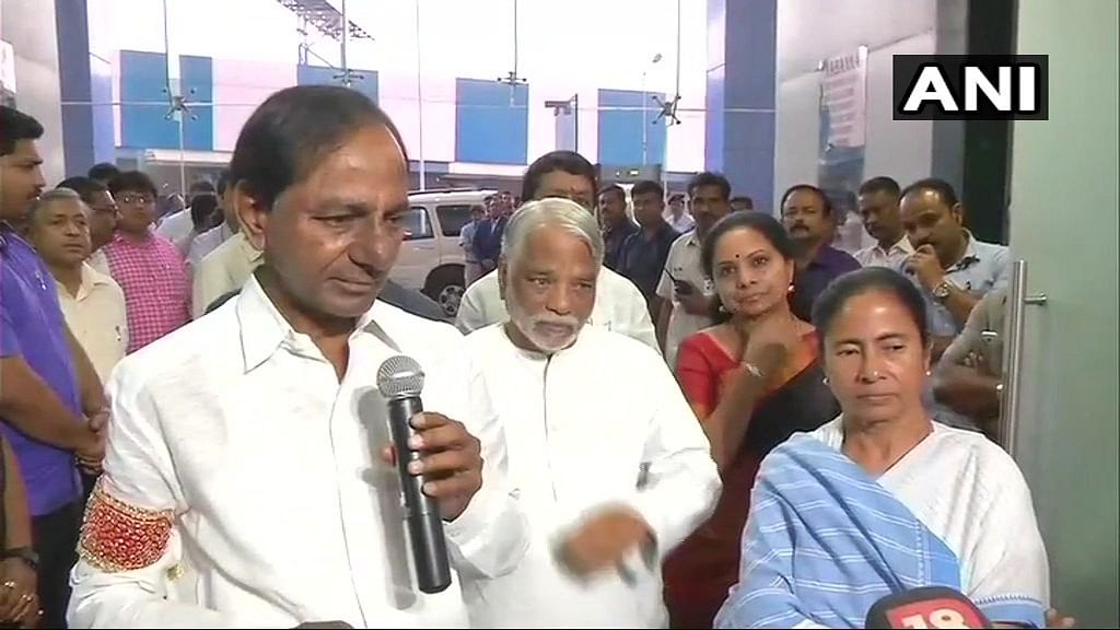 Working Towards a Federal Front: Says KCR After Meeting Mamata