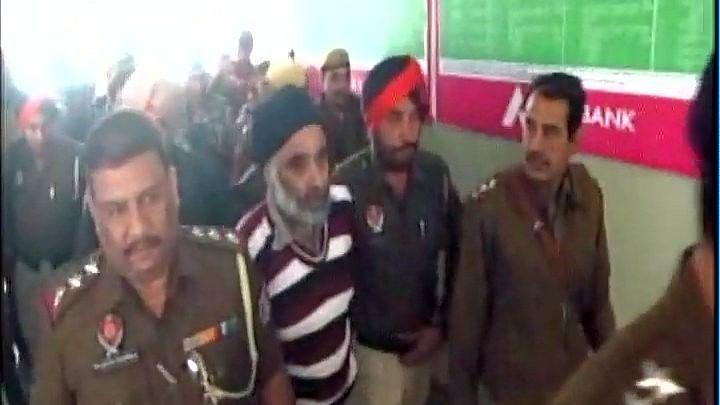 Nabha Jail Break Accused Harminder Mintoo Dies In Patiala Jail