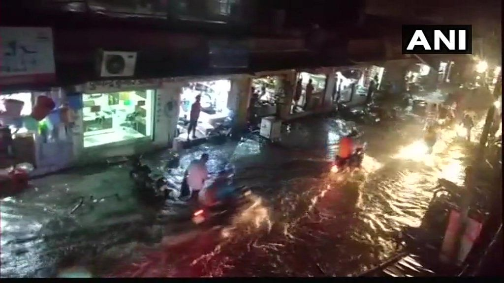 Roads water-logged due to the hailstorm in Dholpur.