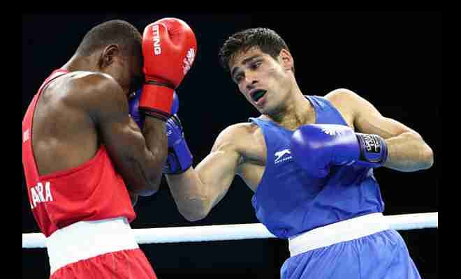 Hussamuddin Mohammad (in blue) in action in the quarterfinals.