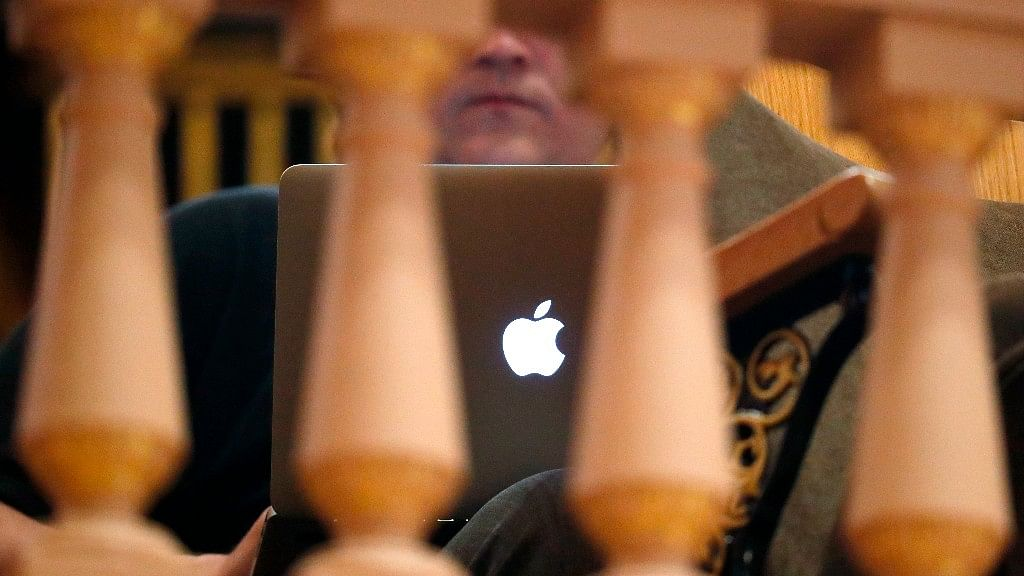 Apple is caught in yet another patent infringement controversy.