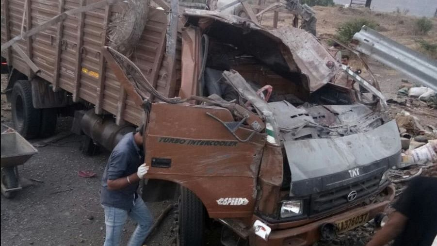 The truck, carrying construction labourers from Bijapur district in Karnataka, was going towards Pune when it met with the accident around 4:30 am on Mumbai-Bengaluru highway.