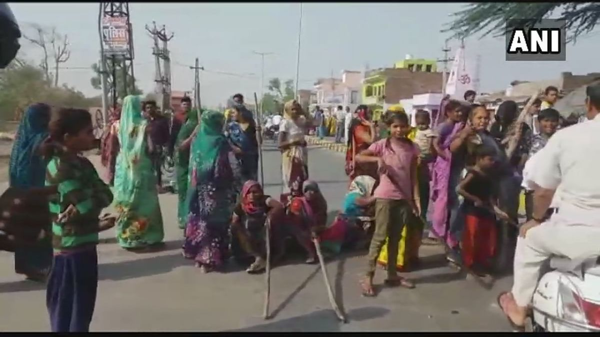 Women protest in Rajasthan's Bharatpur.