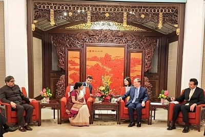 Beijing: External Affairs Minister Sushma Swaraj calls on Chinese Vice President Wang Qishan at Zhongnanhai in Beijing on April 23, 2018. (Photo: IANS/MEA)