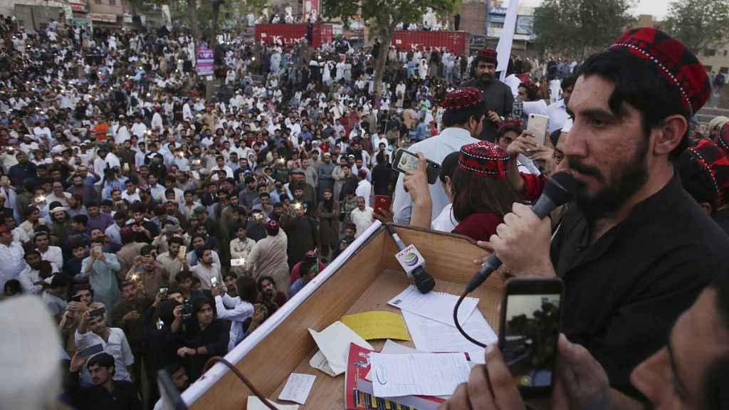 Pashtuns Take to Streets to  Accuse Pakistan Army of Abuses