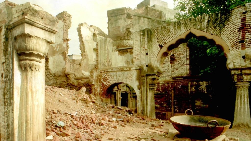 A Trove of History Buried in Rubble: Tracing Nehru's Haksar Haveli