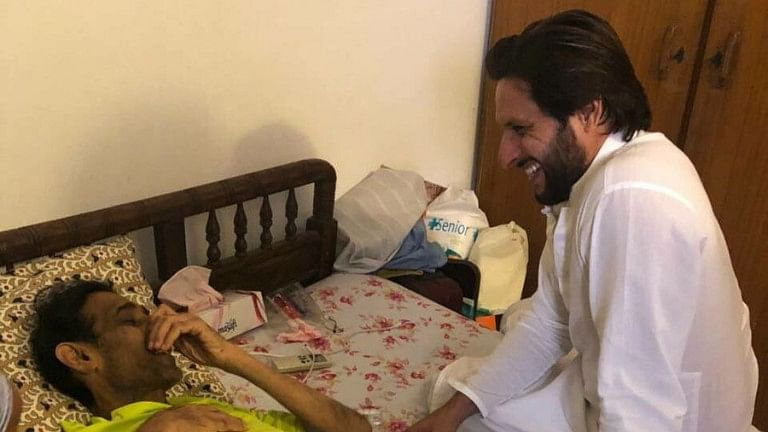 Former Pakistan cricket captain Shahid Afridi (R) tweeted this picture after visiting Mansoor earlier in April.