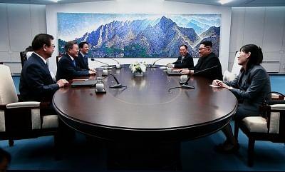 North Korea's Kim Jong-un crosses into South Korea