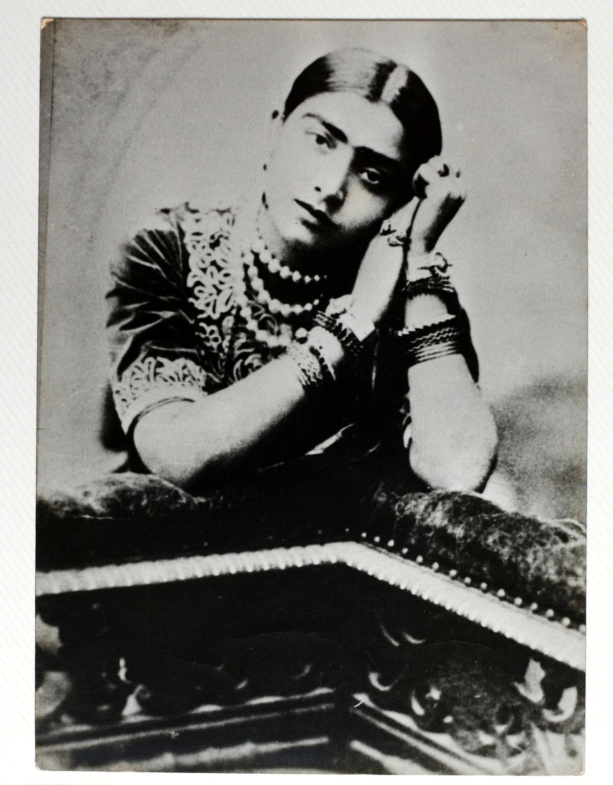 Gauhar Jan was also a trained kathak dancer.